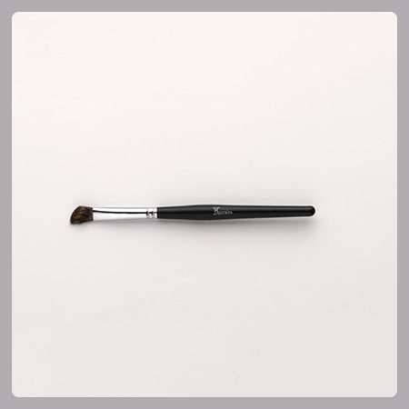 Khuraira Angle Fluff Crease Brush